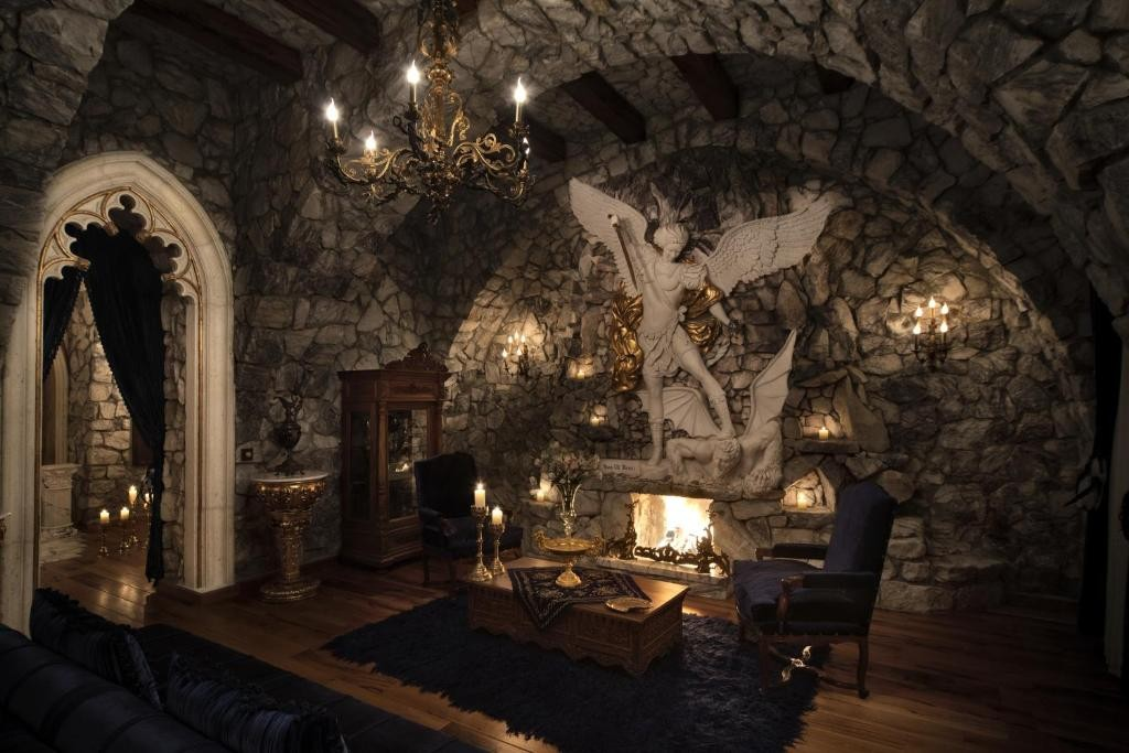Sacred House 51