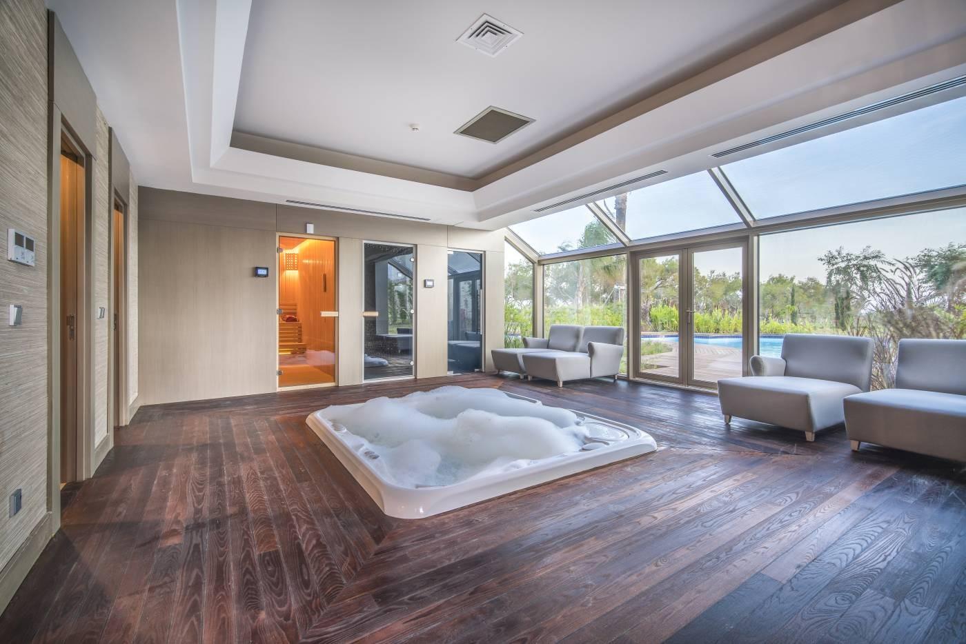 Concorde Luxury Resort 23