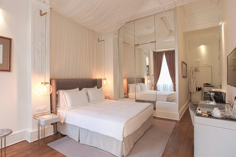 Mr Cas Hotel 572